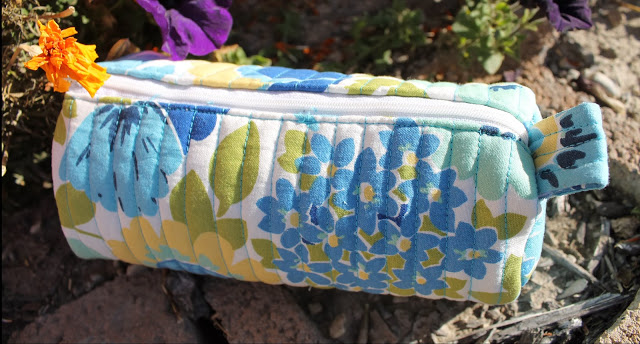 Quilted Barrel Pouch with Free Pattern