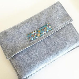 Love love love my new #laptopcase. Tutorial now on the blog #lovesewing #sewing #felt #wool #adornit #diy #handmade #case #macbookcase #tutorial #sewinlove