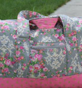13a1cd20425d Vera Bradley inspired DIY Carryon Duffel Bag