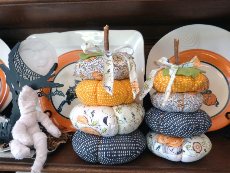 Fabric Stacked Pumpkins